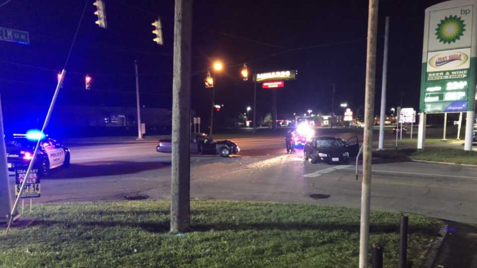Four sent to hospital after two-vehicle crash in Howland