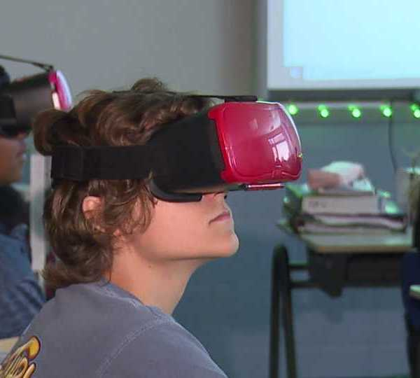 Hubbard High School virtual reality, 9/11 attacks, Mary Davis