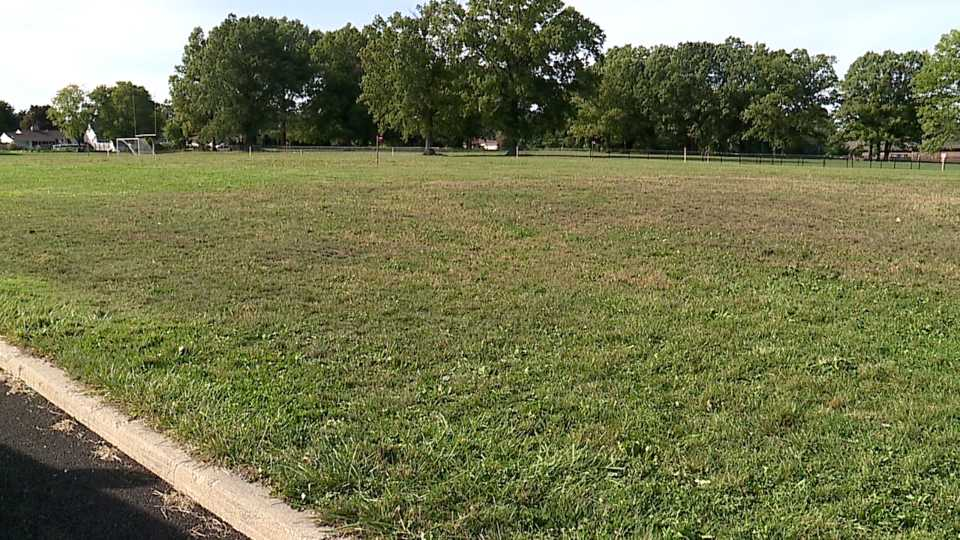 Warren Schools getting new softball field and tennis courts