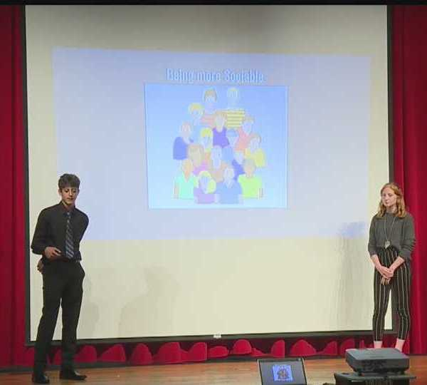 Columbiana marketing students presentation