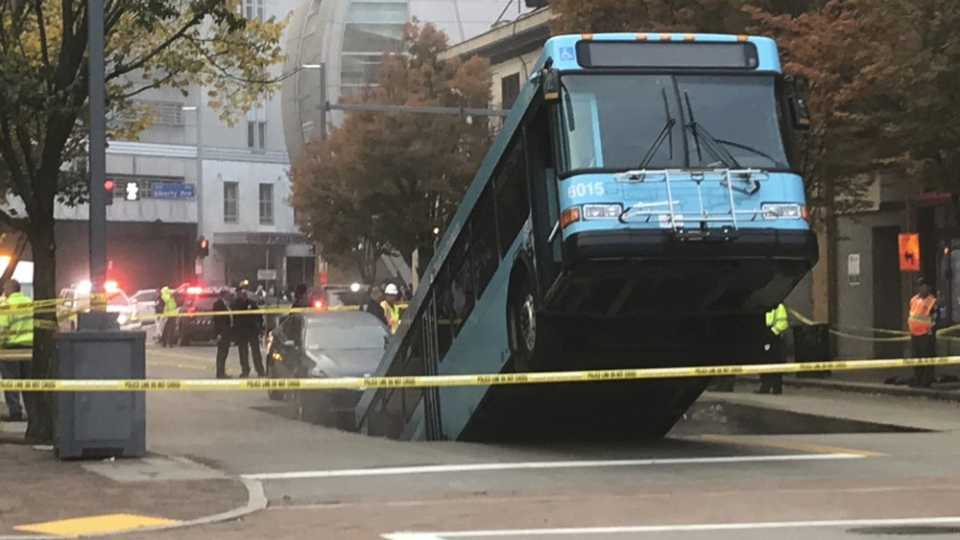 Port Authority bus caught in a sinkhole in Pittsburgh