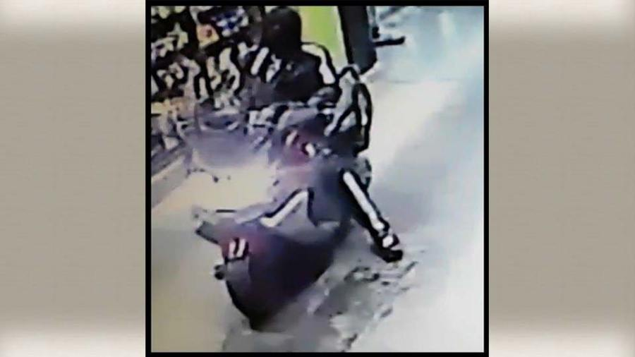 Robbery suspects in Austintown, Ohio.