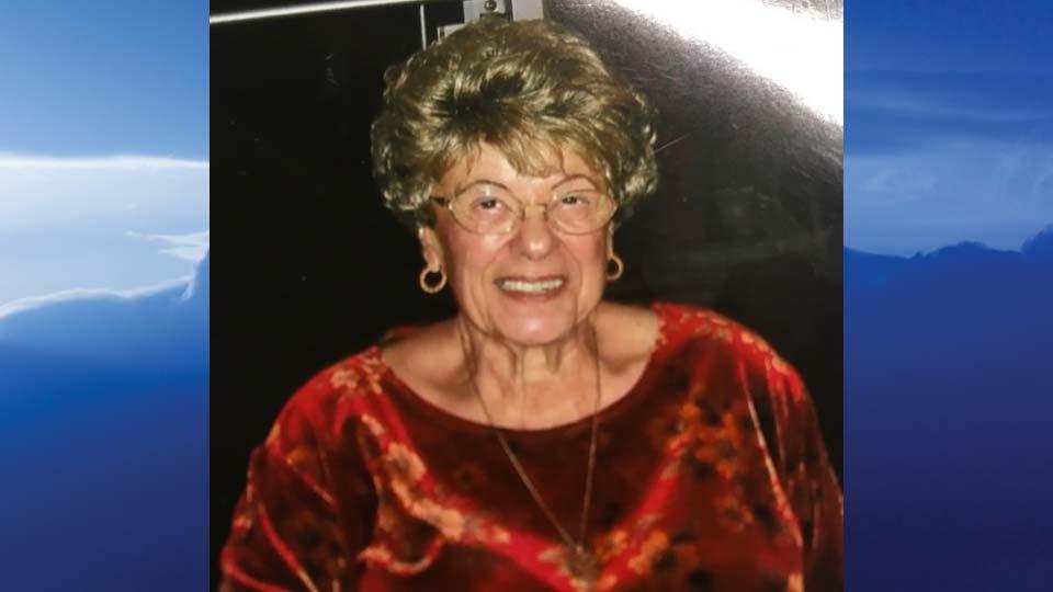 Olga B. Macris, Warren, Ohio-obit