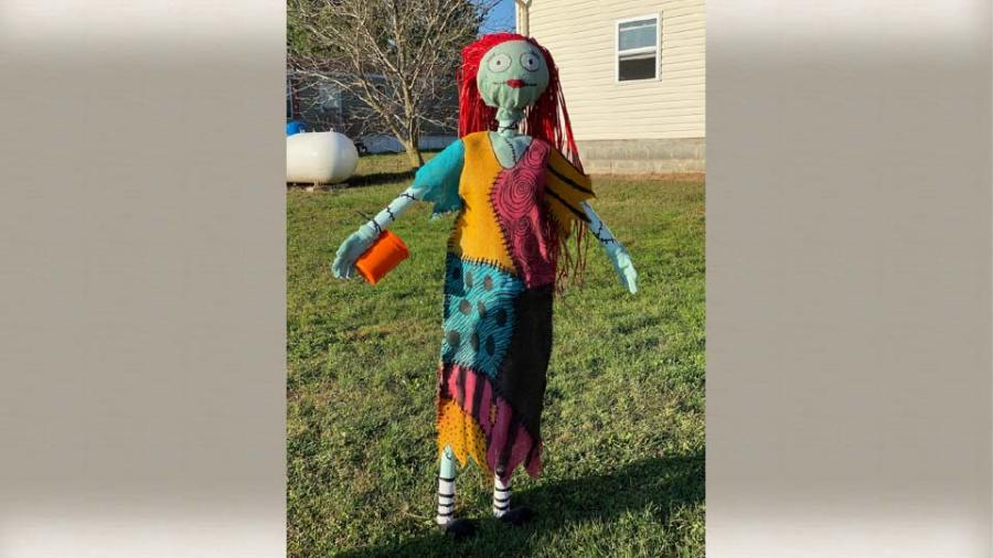 White House Fruit Farm Scarecrow Contest - 3rd Place