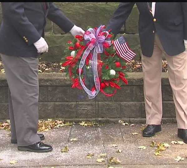 Wreath laying ceremony in Youngstown for Veterans Day