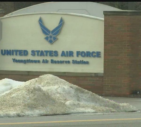 Navy operations will cease at the Air Reserve Station in Vienna Twp.
