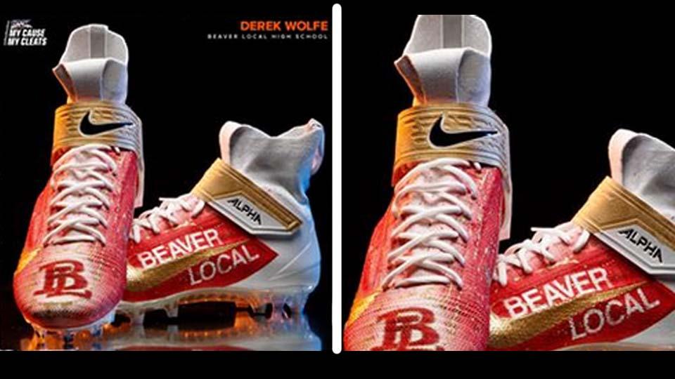 Derek Wolfe cleats, Denver Broncos