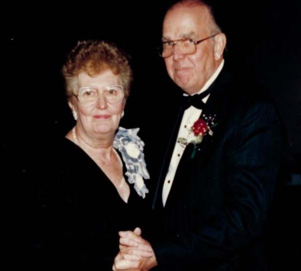 "Wesley H. ""Swede"" Larson, Canfield, Ohio - obit"