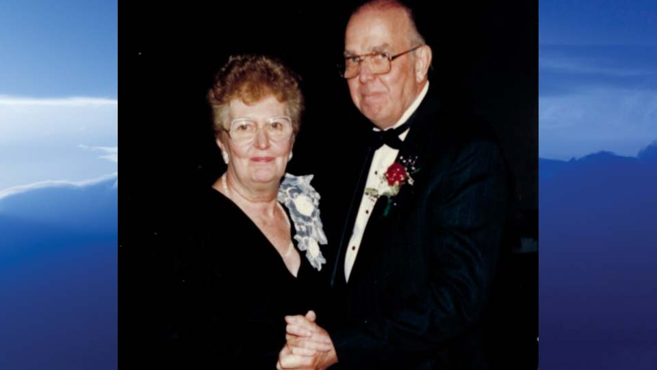 """Wesley H. """"Swede"""" Larson, Canfield, Ohio - obit"""