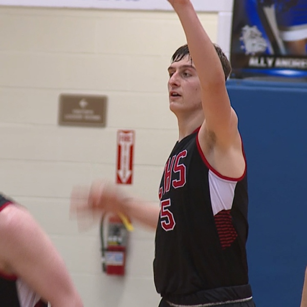 Bruno leads canfield past poland