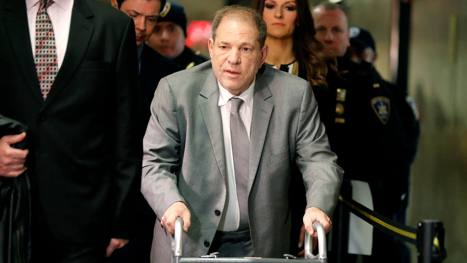 Harvey Weinstein arrives to court