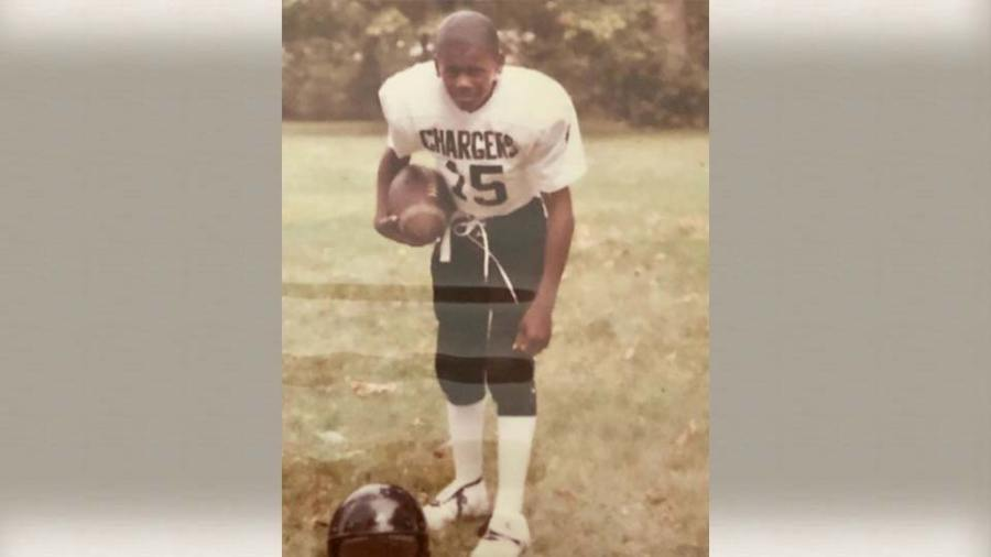 Deland McCullough, throwback football picture