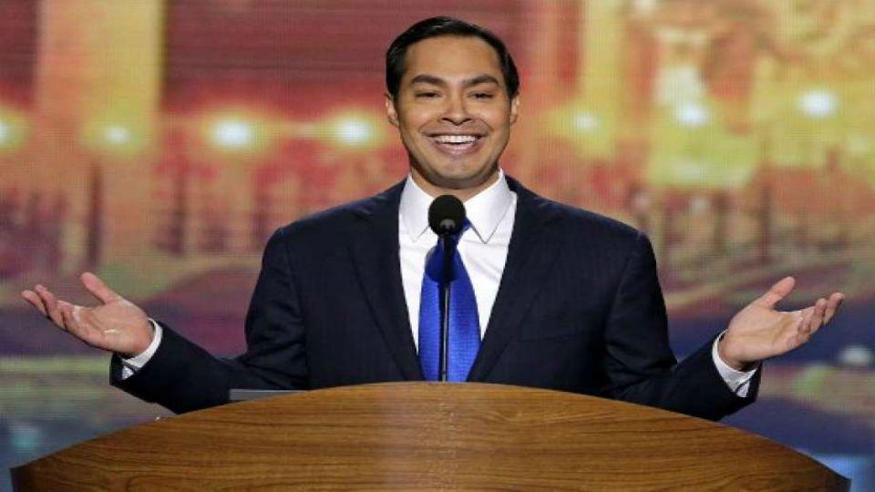 Former Obama housing secretary Julián Castro is ending his run for president.