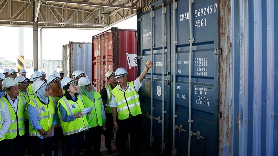 Malaysia has sent back 150 containers of plastic waste to 13 mainly rich countries since the third quarter last year