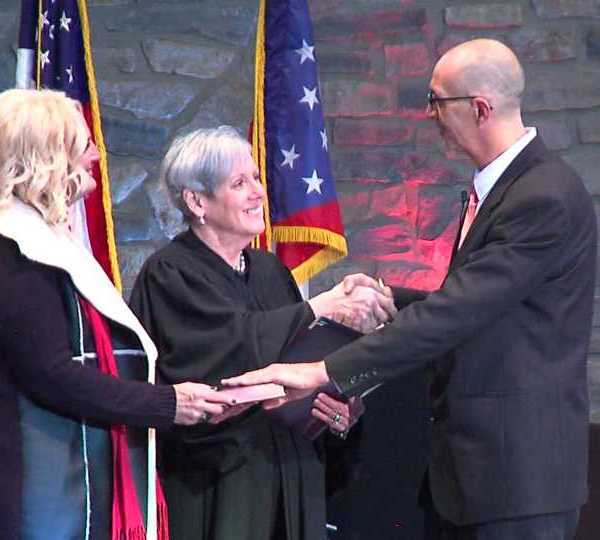 Newton Falls welcomes new mayor.
