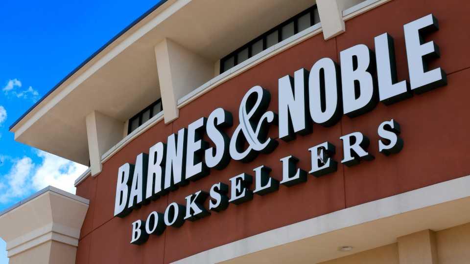 Barnes and Noble suspends reissued classics with new images