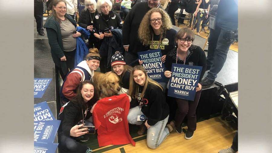 Lordstwon Political Science Club attends Iowa Caucus