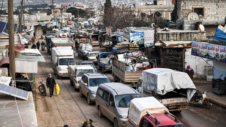 Civilians flee from Idlib toward the north to find safety inside Syria