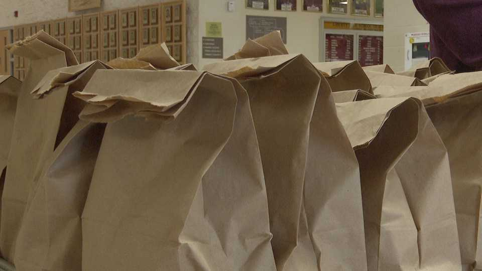 Bagged lunches at Boardman Schools, coronavirus