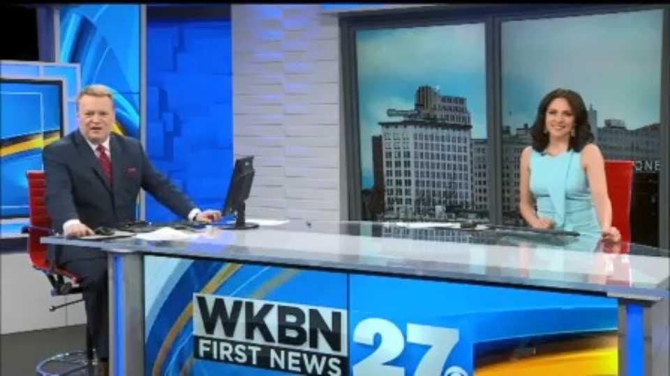 Social distancing at WKBN, news anchors