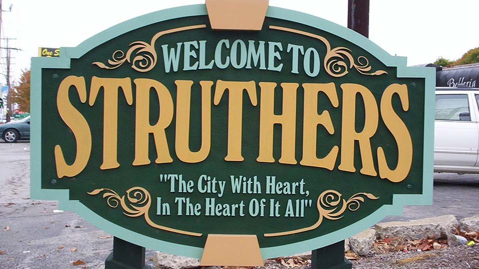Struthers city sign, Struthers, Ohio.