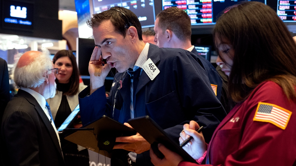 Stocks lose 8% on Wall Street as more businesses shut doors.