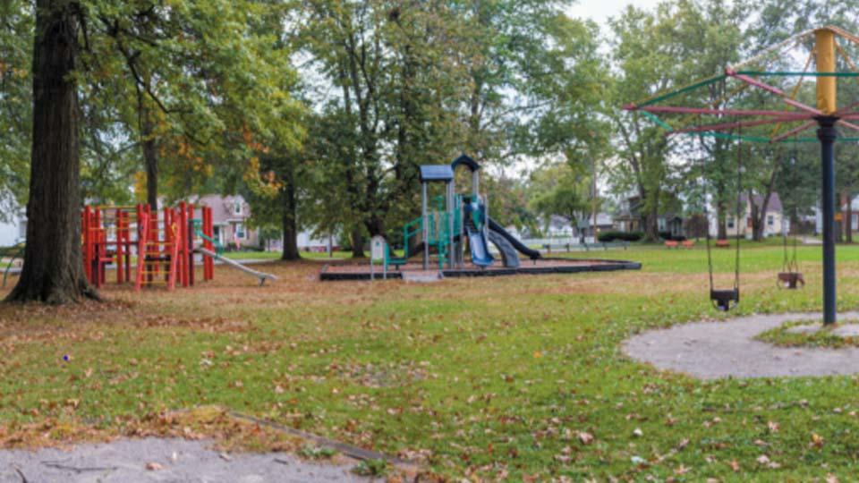 Circle Park, Warren