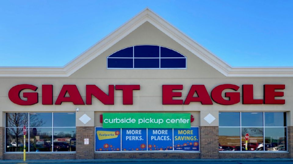 Health care workers are being offered an extra perk at Giant Eagle.