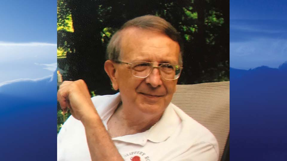 "Howard ""Max"" Heinl, New Middletown, Ohio - obit"