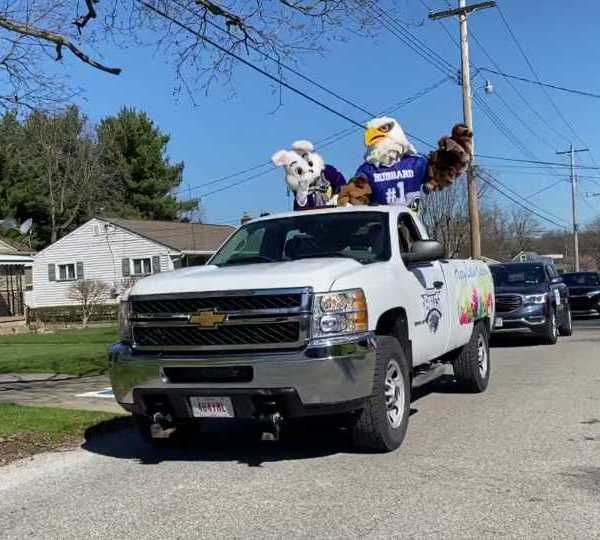 The Easter Bunny and the Hubbard Eagle visited Hubbard for a small Easter parade.