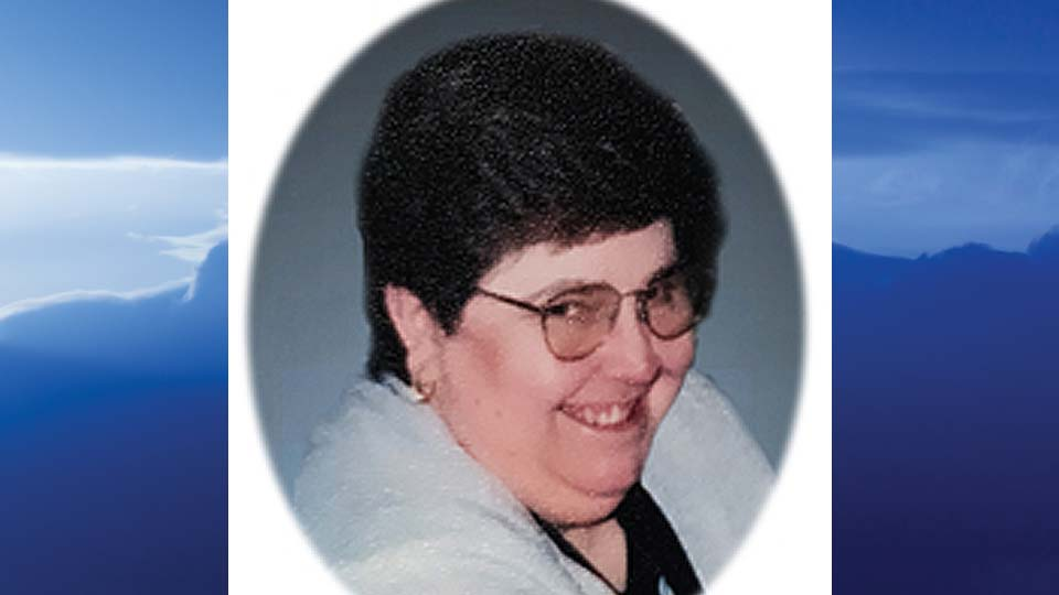 Mary Lou Brandon, Brookfield, Ohio-obi