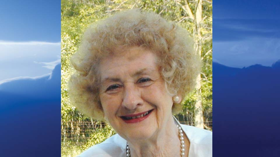 Mary Lou Macala, Campbell, Ohio - obit