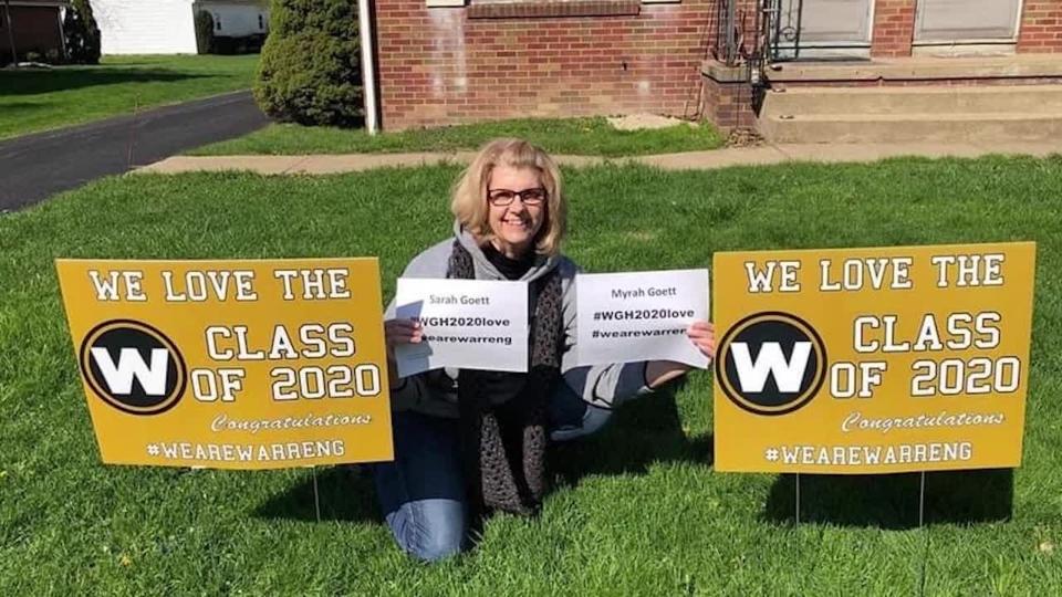 Warren G. Harding seniors, Class of 2020 coronavirus signs