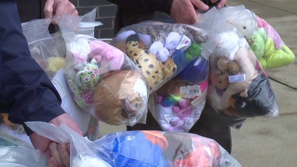 4-H stuffed animals donation