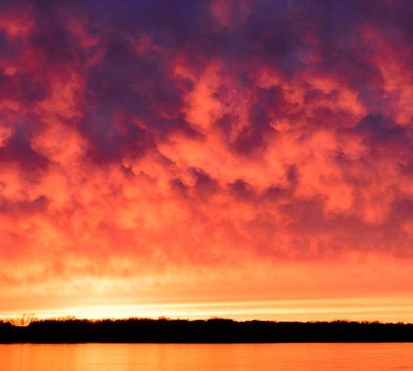 Cortland, Ohio sunset over Mosquito Lake