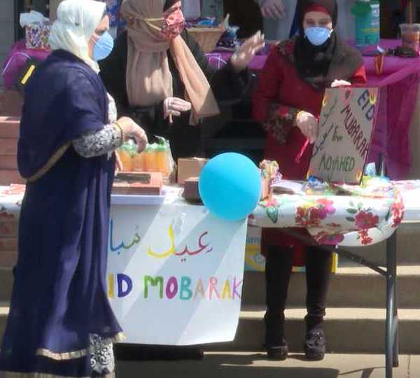 Eid parade in Youngstown celebrates end of Ramadan.