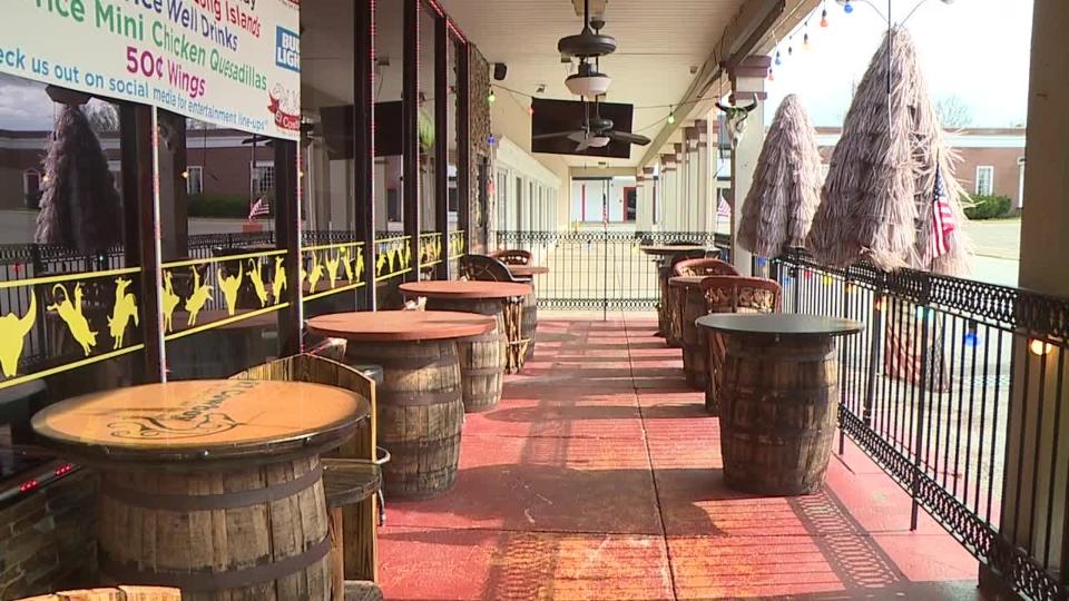 El Cowboy Grill, Austintown