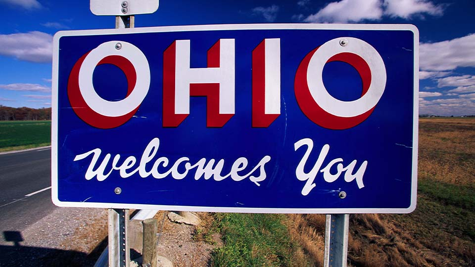 Ohio Welcomes You generic road sign