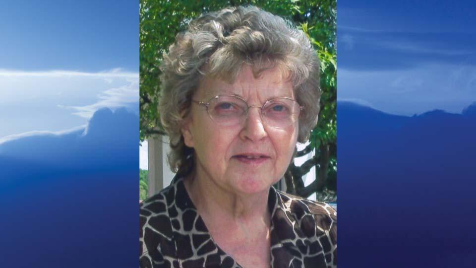 Peggy Lee (Greenwood) McLaughlin, Salem, Ohio - obit