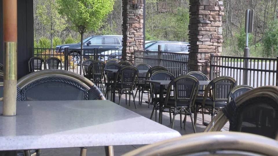 Restaurant, patio, dining