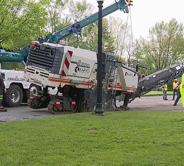 Youngstown paving project halted due to sinkhole
