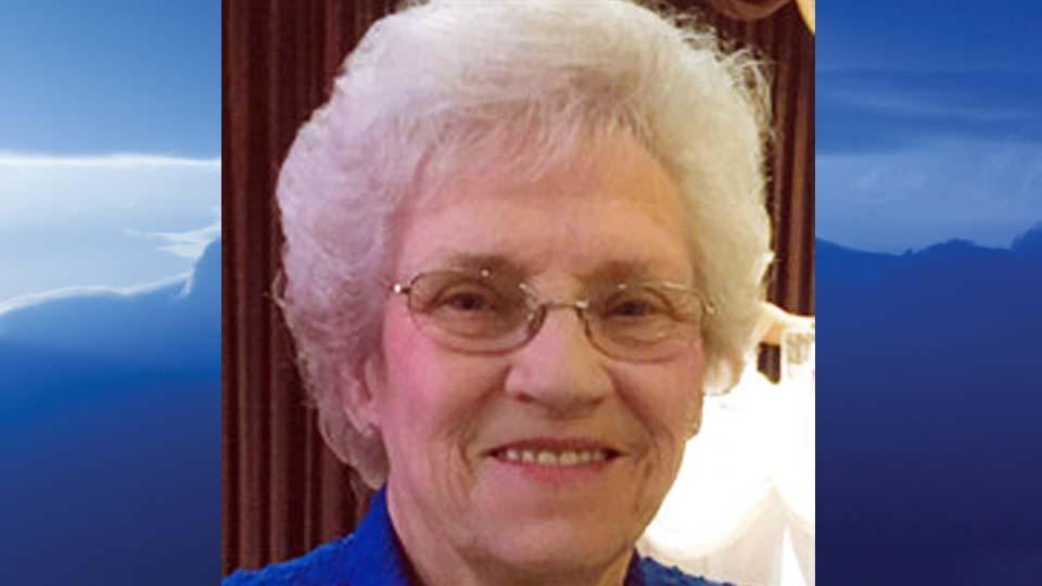 Eloise Dove Runner Konsol, Howland, Ohio - obit