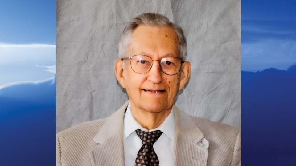 Roger T. Smith, Beloit, Ohio - obit