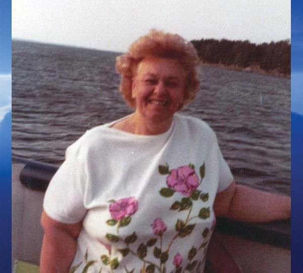 Helen Bernt, Youngstown, Ohio - obit