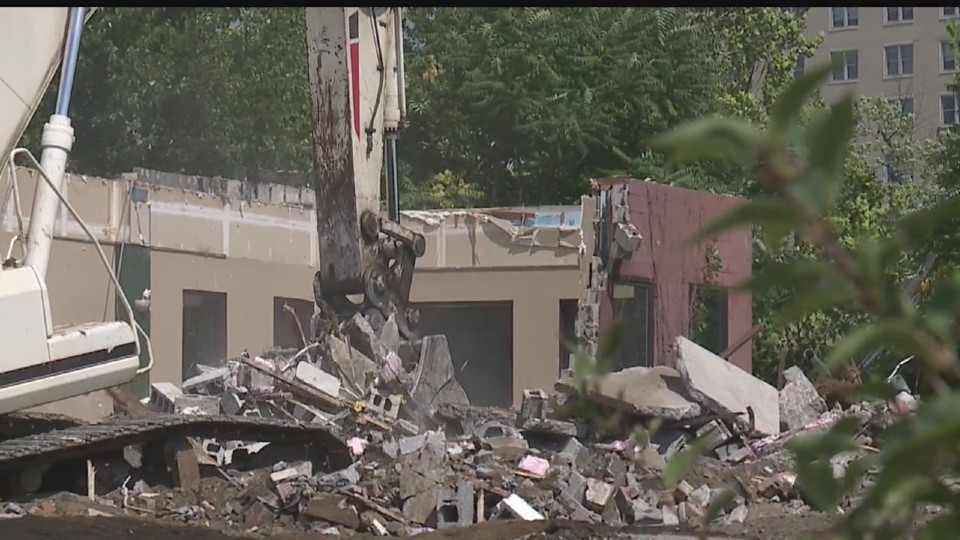 demo of anthonys on the river in youngstown