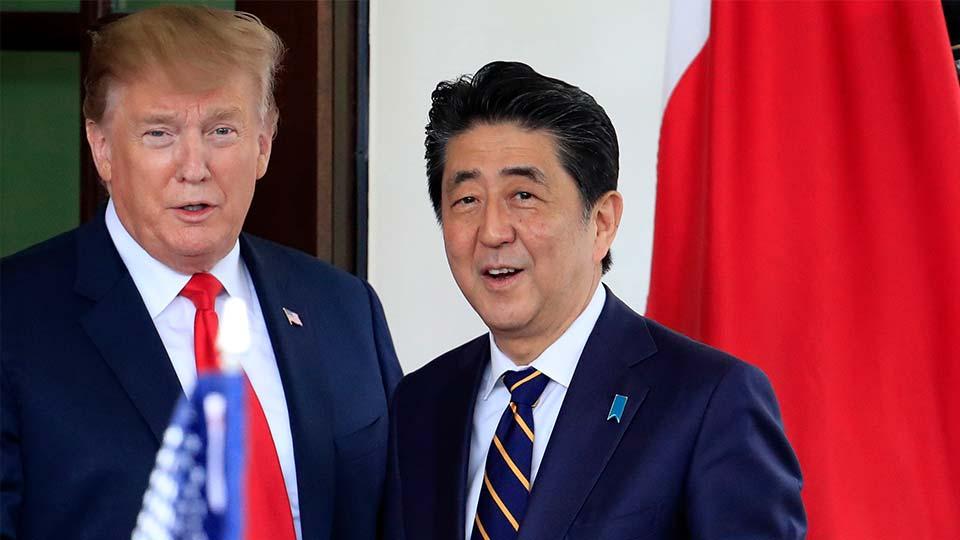 Donald Trump with Japan prime minister Shinzo Abe