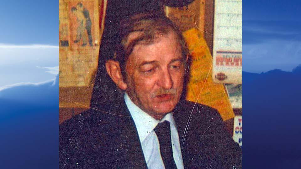 Earl Cecil Metcalf, Warren, Ohio-obit