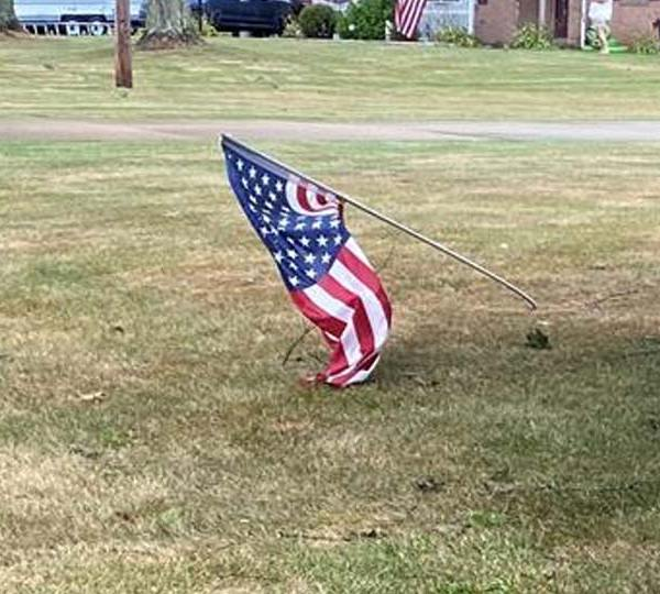 Flag down, Brookfield