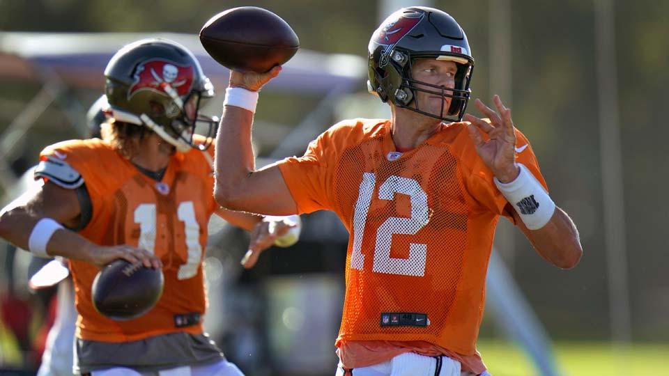 Tampa Bay Buccaneers quarterback Tom Brady (12)