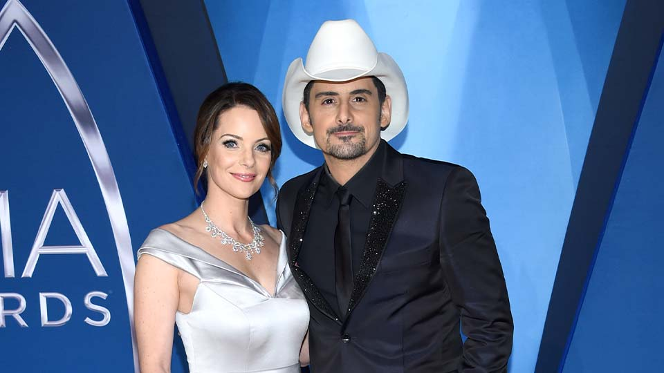Kimberly Williams-Paisley, left, and Brad Paisley arrive at the 51st annual CMA Awards on Wednesday, Nov. 8, 2017, in Nashville, Tenn. The couple have pledged to donate one million nutritional meals in various cities around the country. The initiative is billed as the Million Meal Donation Tour, which kicked off in Detroit last week. The tour will run for two weeks visiting food banks in 16 major cities.
